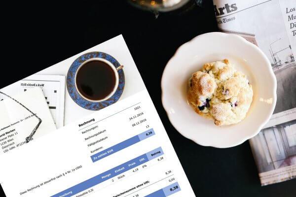 Eine Rechnung schreiben mit allen wichtigen Pflichtangaben einer Rechnung